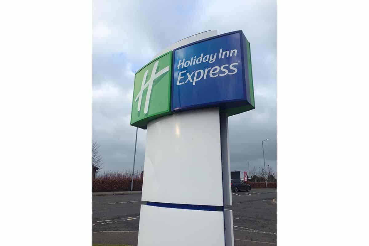 Express-Holiday-Inn-Antrim