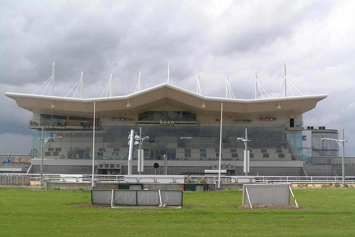 dundalk-racing-stadium-3